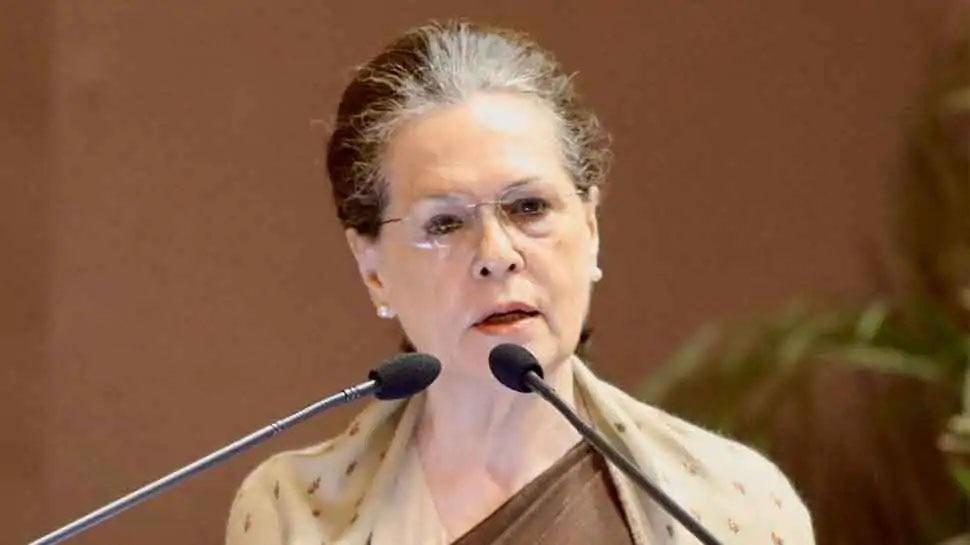 Sonia Gandhi का मोदी सरकार पर निशाना, कहा सफल नहीं होगी किसानों को 'थकाओ-भगाओ' की नीति