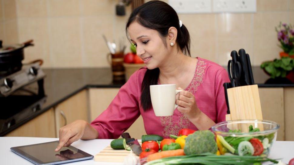 Women Health In 40s: 40 की उम्र के बाद ये 8 चीजें बढ़ाएंगी Immunity, Diet में जरूर करें शामिल