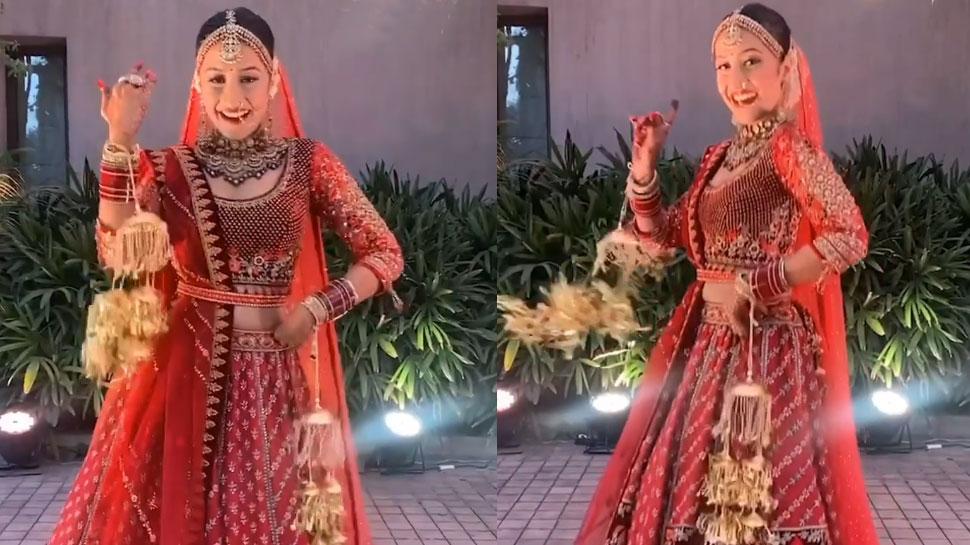 दुल्हन के लिबास में Dhanashree Verma ने Shahrukh Khan के इस गाने पर किया Cute Dance, देखें वीडियो