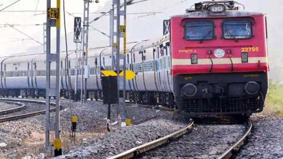 Budget 2021: ट्रेनों में अब प्लेन की तर्ज पर मिलेगा 'Ready To Eat' भोजन, IRCTC लेकर आ रही है ये स्कीम