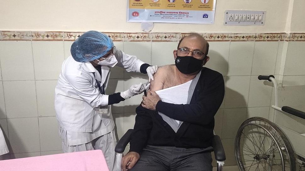 Corona Vaccine launches at 167 centers in Rajasthan Dr Arvind Shukla first  dose | Rajasthan में 167 सेंटर पर Corona Vaccine की शुरुआत, Dr. Arvind  Shukla को लगी पहली डोज | Hindi News, राजस्थान