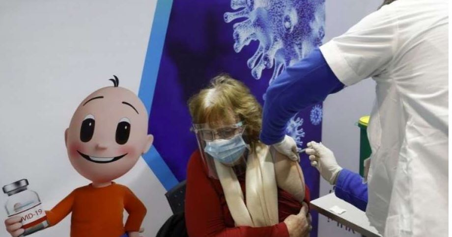 Israel: Pfizer vaccine लगने के बाद भी 12 हजार से ज्यादा लोग हुए Corona Positive