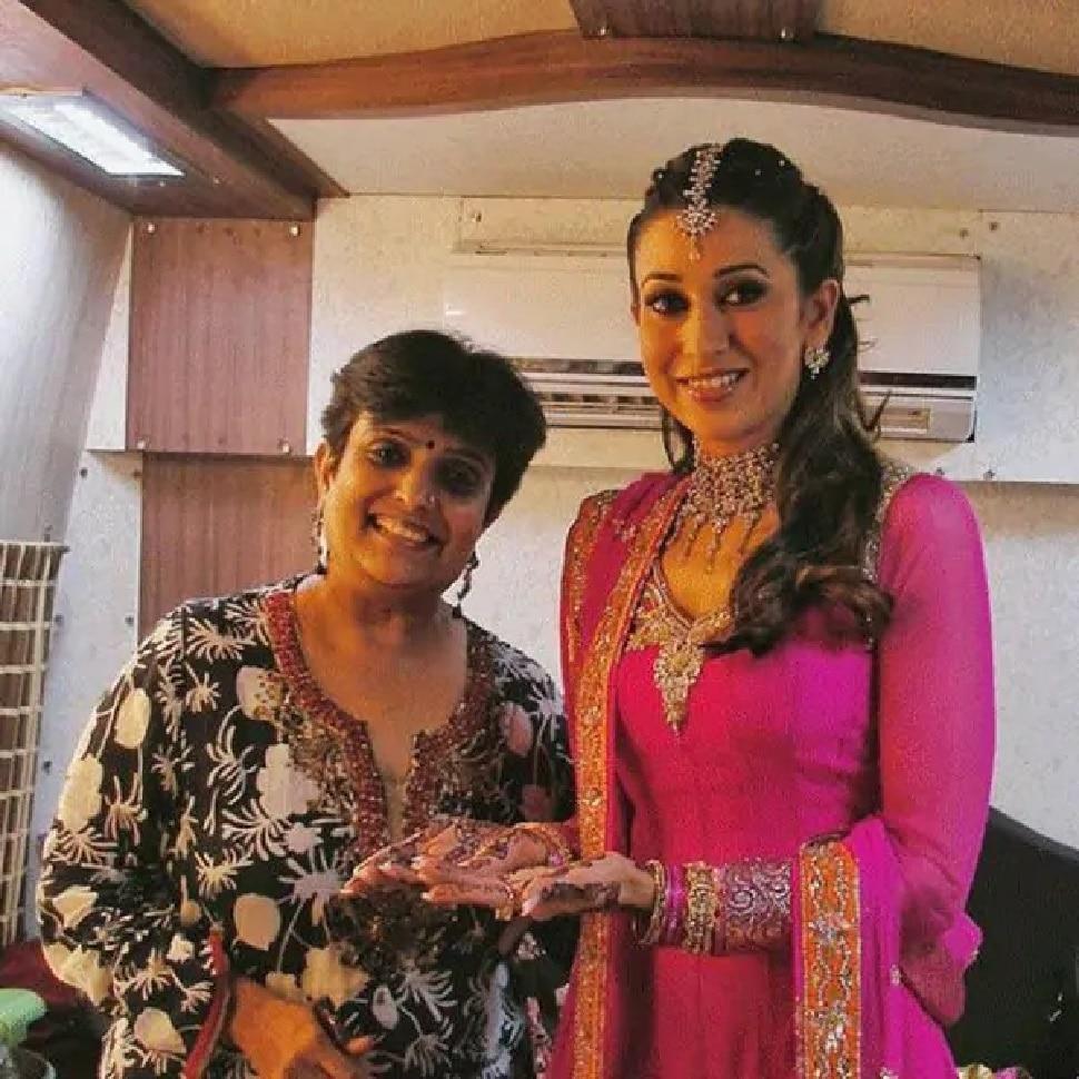 Veena Nagda applied mehandi Karishma Kapoor