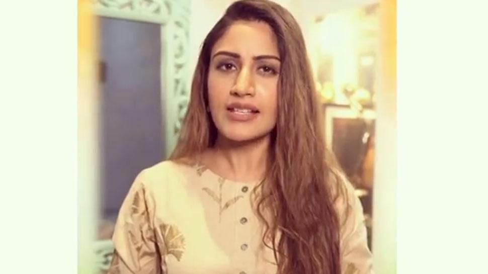 Republic Day 2021: Surbhi Chandna बनीं सनी देओल, बोलीं- 'हमारा हिंदुस्तान जिंदाबाद था...जिंदाबाद है...'