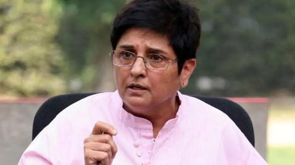 Kiran Bedi को पद से हटाने के लिए पुडुचेरी के CM ने शूरू किया हस्ताक्षर अभियान