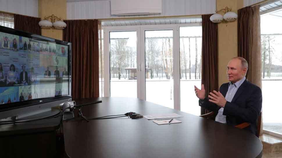 russian president vladimir putin secret palace near black sea Alexei Navalny revelation