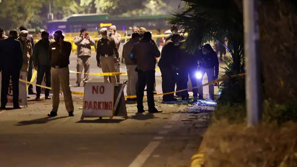इजराइली दूतावास के पास धमाके वाली जगह से लिफाफा बरामद, अमित शाह ने टाला बंगाल दौरा