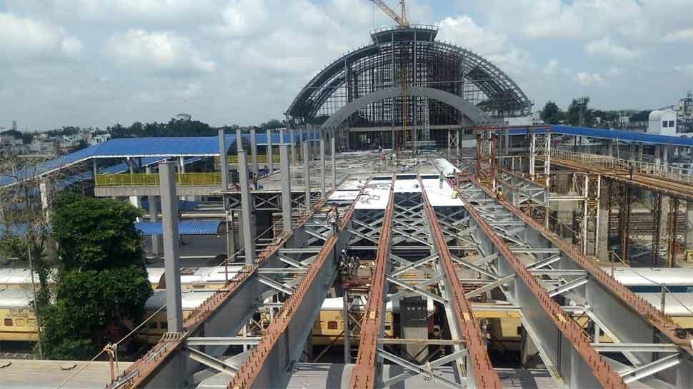 facilities in Gandhinagar railway station