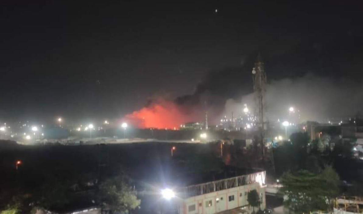 Bharuch: Gujarat के भरूच में केमिकल फैक्ट्री में भीषण ब्लास्ट के बाद लगी आग, कई लोग हादसे की चपेट में