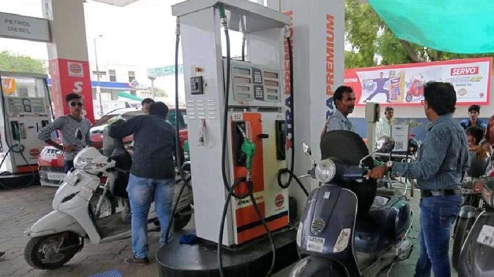 देश में क्यों बढ़ रहे हैं पेट्रोल-डीजल के दाम, सरकार क्यों नहीं कर रही कम? जानिए वजह