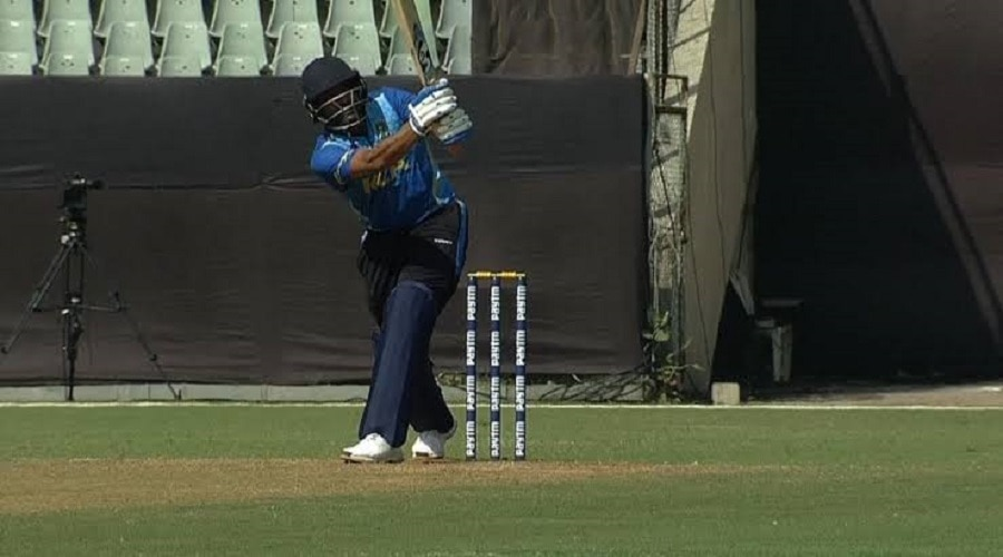 धोनी की टीम में शामिल होते ही बदले खिलाड़ी के तेवर, 96 के औसत से बना रहा है रन