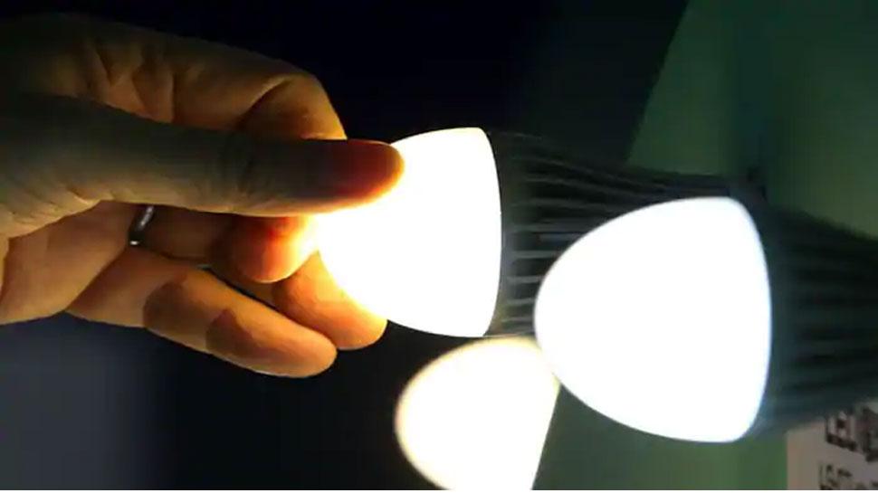 Power Supply: यूपी के ऊर्जा मंत्री का बड़ा बयान, समय से बिल भरेंगे तो मिलेगी सस्ती बिजली