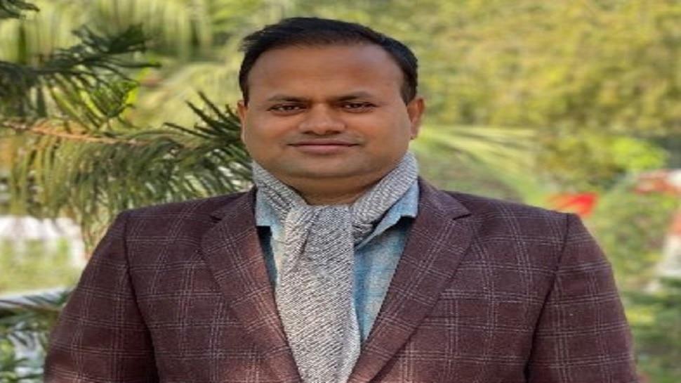 IAS रविंद्र कुमार के नाम दर्ज हुई एक और उपलब्धि, हिंदी संस्थान इस पुरस्कार से करेगा सम्मानित