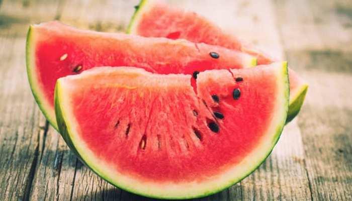 इस फल के फायदे जानकर रह जाएंगे हैरान, गर्मियों में जरूर करना चाहिए सेवन