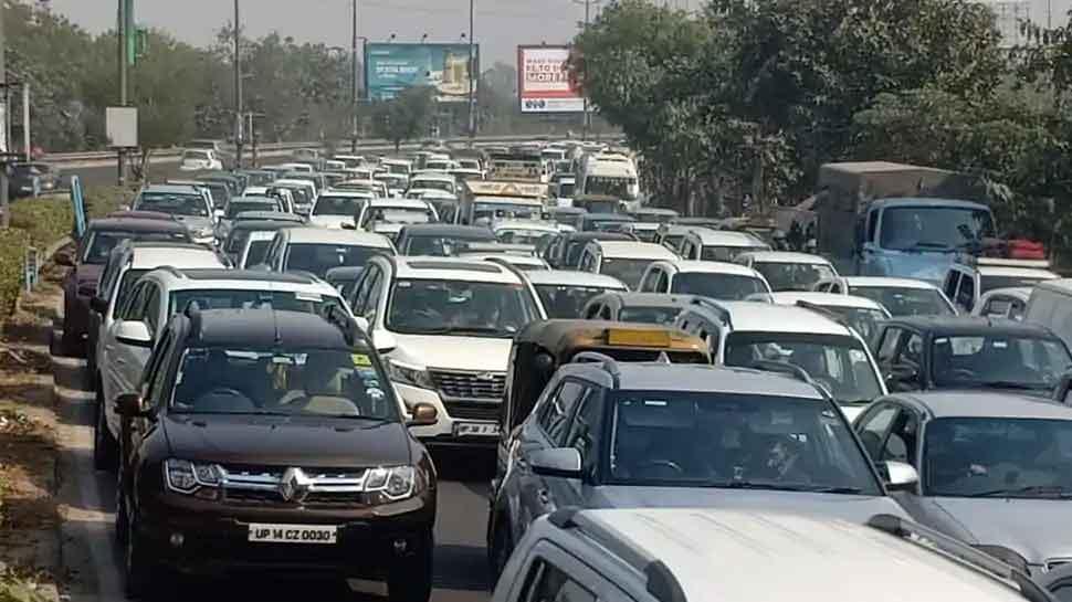 दिल्ली से गाजियाबाद जाने वालों के लिए राहत भरी खबर, NH-9 की एक लेन खोली गई