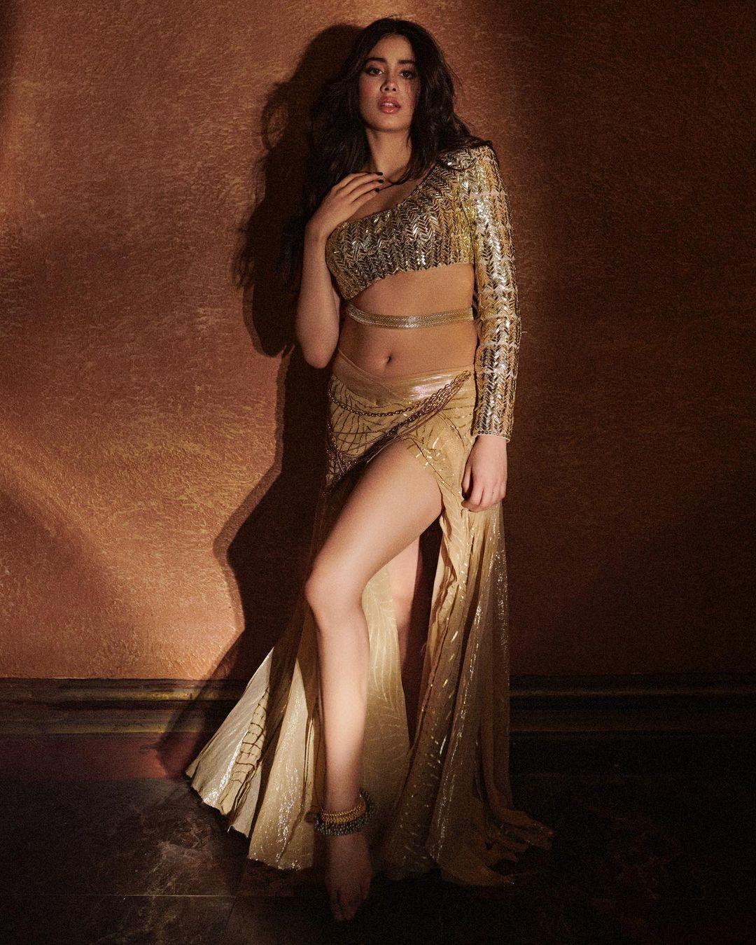 Janhvi Kapoor golden dress