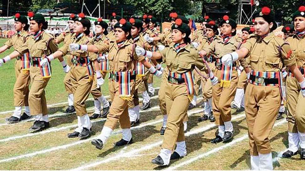 मनचलों को सबक सिखाएगी UP Police की नारी शक्ति, 149 महिला सिपाही और 192 रंगरूट की भर्ती