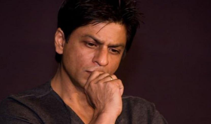 दिल्ली पहुंचते ही सबसे पहले माता-पिता के कब्र पर पहुंचे Shahrukh Khan, तस्वीरें वायरल