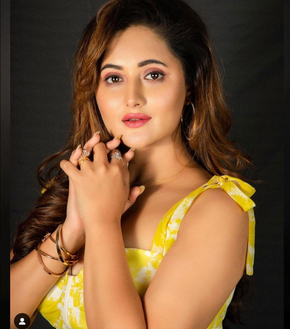 Rashmi Desai Wearing Blazer