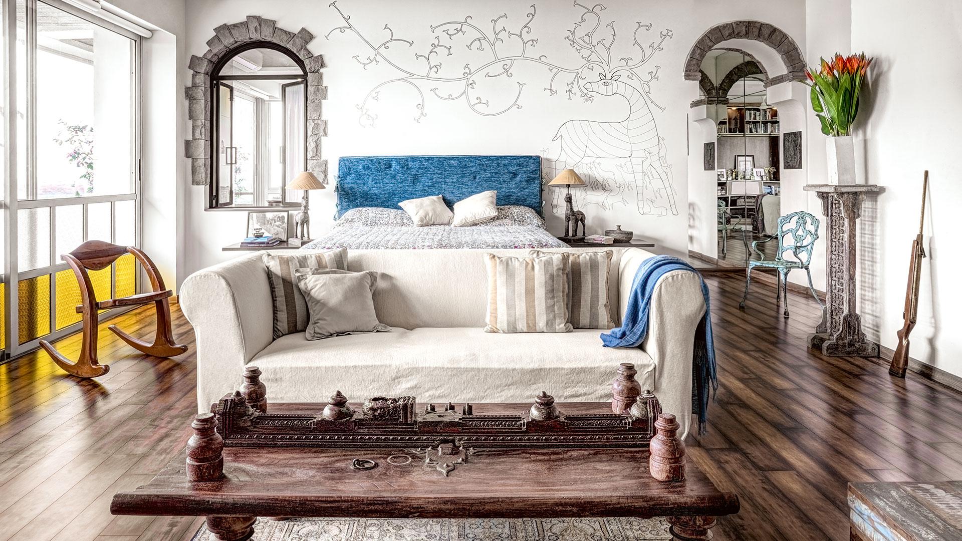 Irrfan Khan Classy bedroom