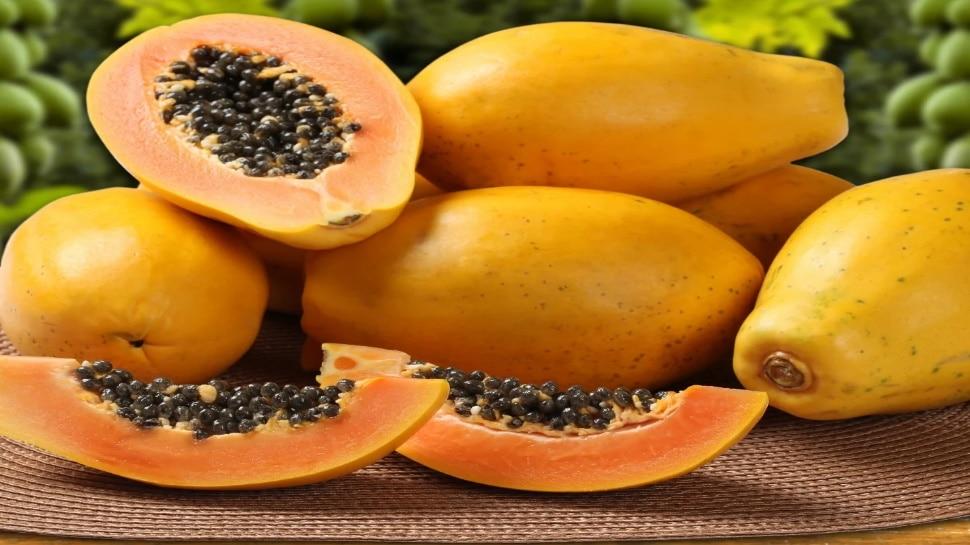 Papaya Seeds Benefits: पपीता खाकर बीज फेंक देते हैं, न करें ये गलती, हैरान कर देंगे इसके फायदे