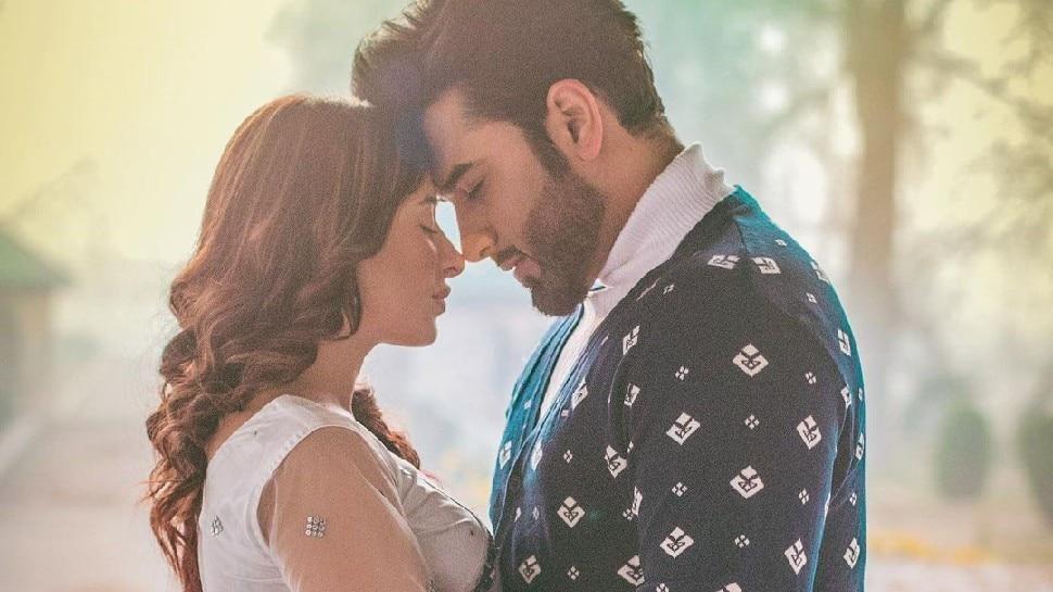 Paras Chhabra और Mahira Sharma ने अपने रिश्ते पर लगाई मुहर, वीडियो शेयर कर खुल्लम-खुल्ला किया ऐलान
