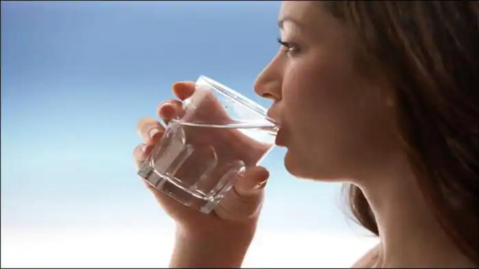 Tips for Drinking Water: पानी पीने का सही तरीका और सही समय क्या है, जानें