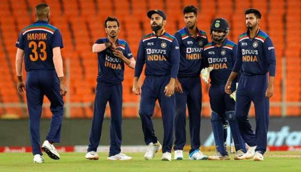 इंग्लैंड के खिलाफ भारत की वनडे टीम का ऐलान, मोहम्मद सिराज को भी मिला मौका