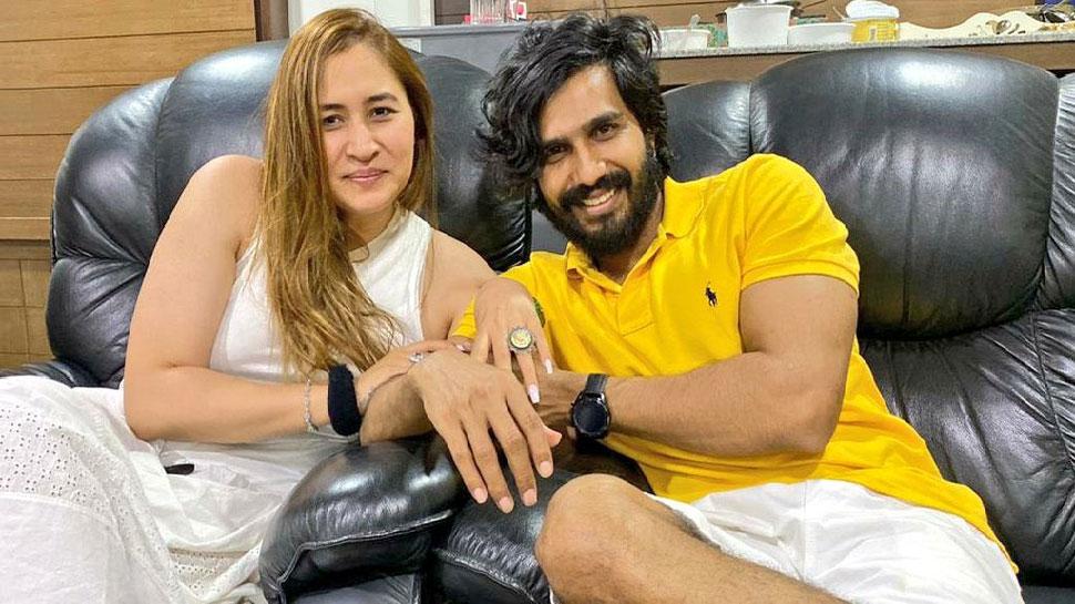 इस तमिल सुपरस्टार के साथ जल्द शादी के बंधन में बंधेंगी बैडमिंटन स्टार Jwala Gutta