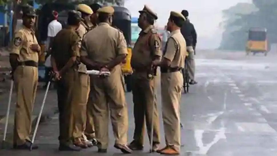 UP: Bareilly में शख्स ने Girlfriend के पिता को लाठी से पीट-पीटकर मार डाला, फरार