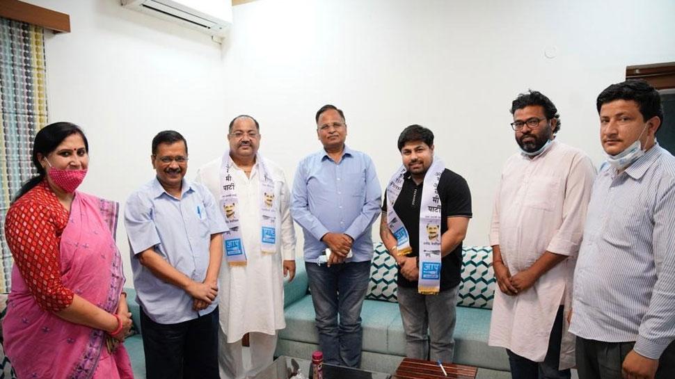 भाजपा सिंधी प्रकोष्ठ के दिल्ली प्रदेश अध्यक्ष महेंद्र कुमार सनपाल आप में शामिल, जानिए पूरी डिटेल