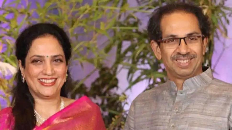 Maharashtra: Uddhav Thackeray की पत्नी Rashmi Thackeray अस्पताल में भर्ती, कुछ दिन पहले हुई थीं Corona संक्रमित