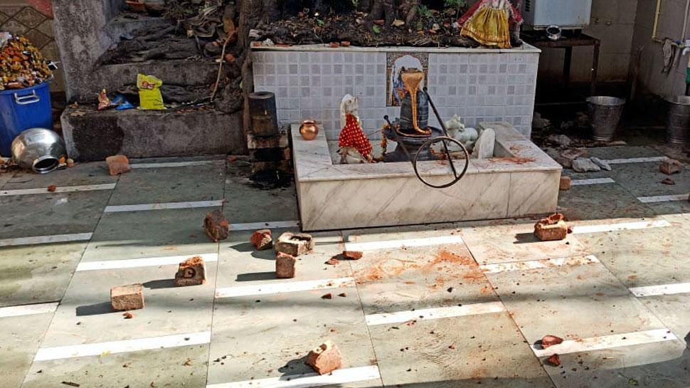 Delhi: Lockdown में बंद हुआ काम तो भगवान से बदला लेने पहुंच गया शख्स, मंदिर में की तोड़फोड़; गिरफ्तार