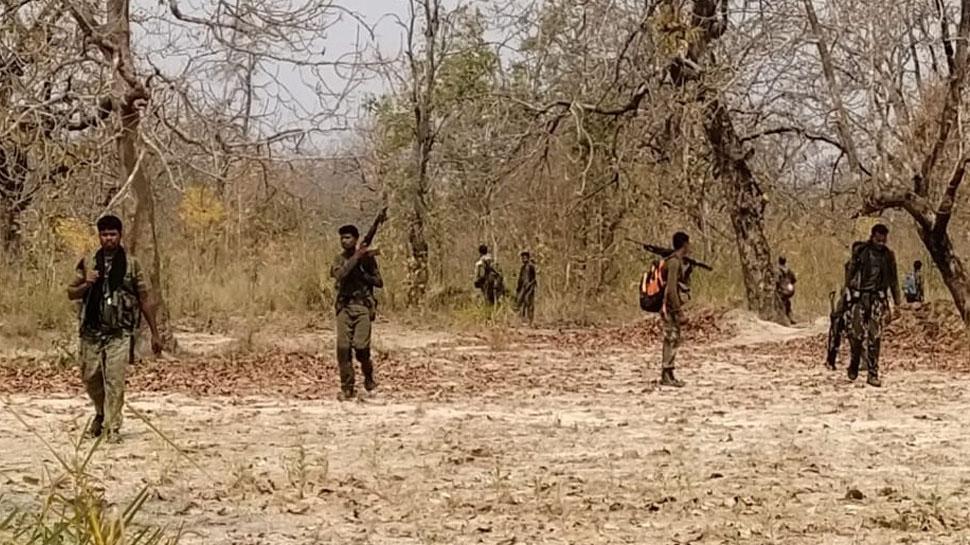 Bijapur Encounter: जंगल में मिले 17 और जवानों के शव, अब तक 22 शहीद; 9 नक्सली भी ढेर