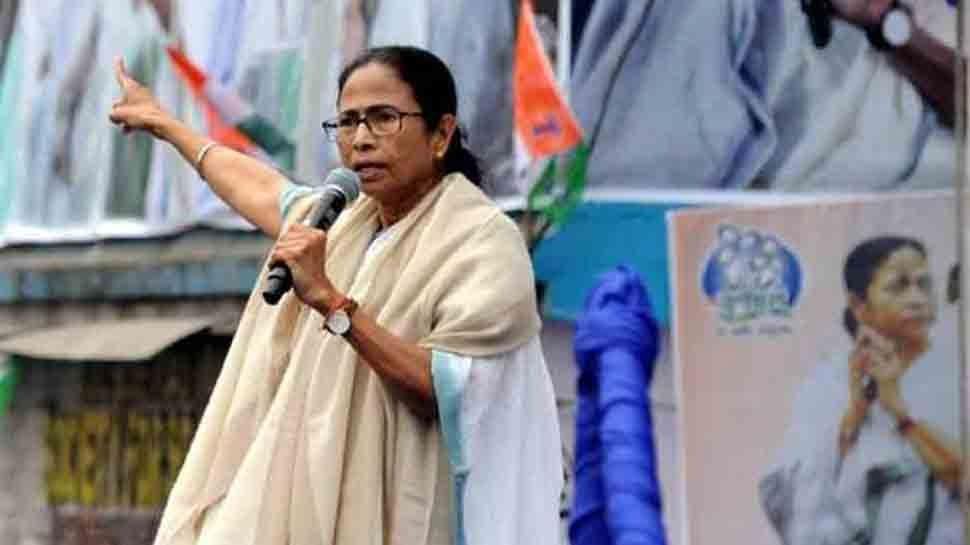 बंगाल: Mamata Banerjee का विवादित बयान, पुलवामा हमले को लेकर कही ये बात