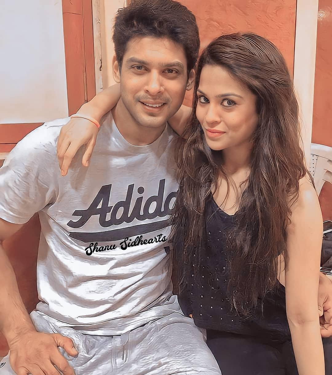 Sana Saeed and Sidharth Shukla Relationship