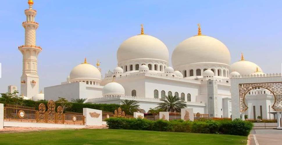 दुबई में रमजान के लिए बनाए गए नए नियम, अब रखना होगा इन बातों का ख्याल