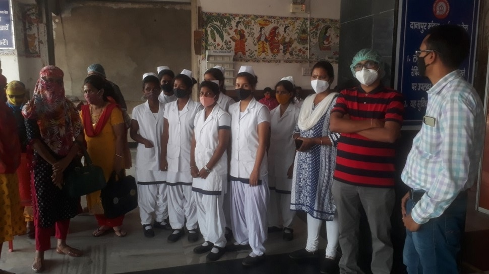Bihar: सरकार कोराना गाइडलाइन बनाने में व्यस्त, अधिकारी नियमों की हवा निकालने में मस्त!