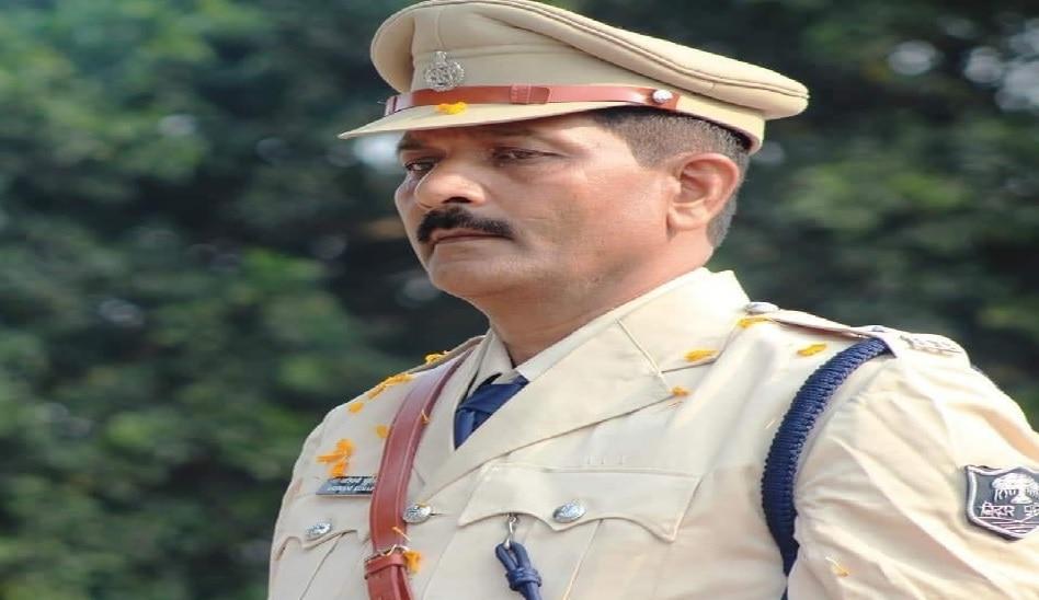 बिहार: SHO के परिजनों ने शव लेने से किया मना, उच्च स्तरीय जांच की मांग की