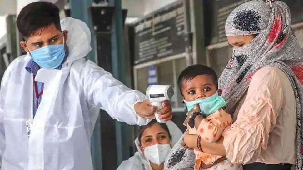 Coronavirus: टूट गए अब तक के सारे रिकॉर्ड, 24 घंटे में सामने आए 1.52 लाख से ज्यादा नए केस