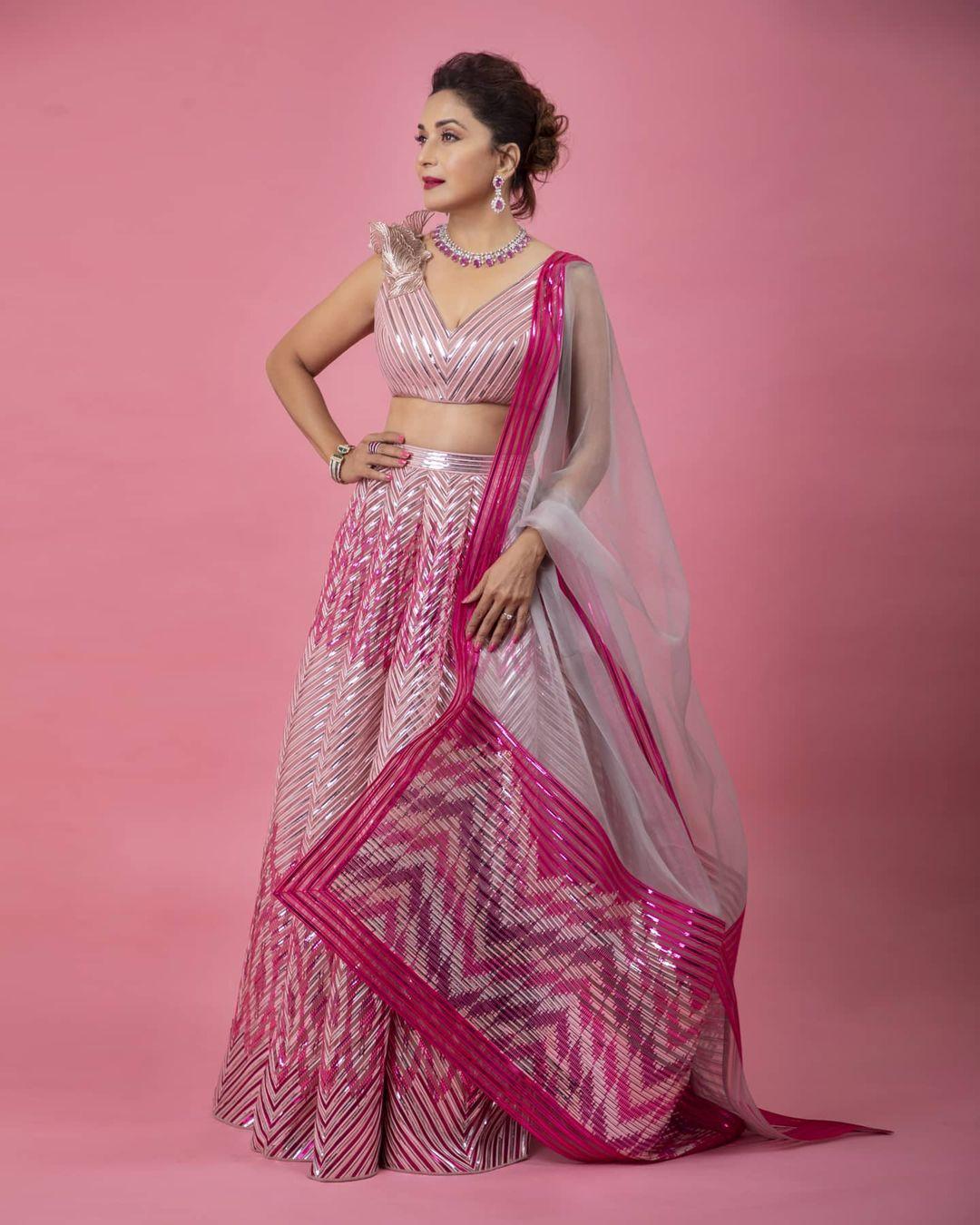madhuri dixit pink lehenga look