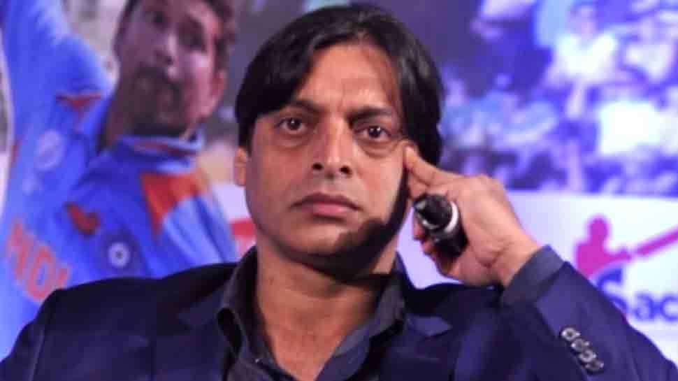 Virat Kohli को पछाड़ने वाले Babar Azam पर क्यों बरसे Shoaib Akhtar?