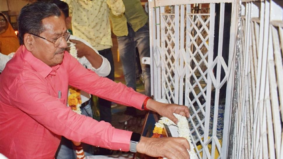 Madhya Pradesh के मंत्री का विवादित बयान- कोरोना से हो रही मौतों को कोई नहीं रोक सकता