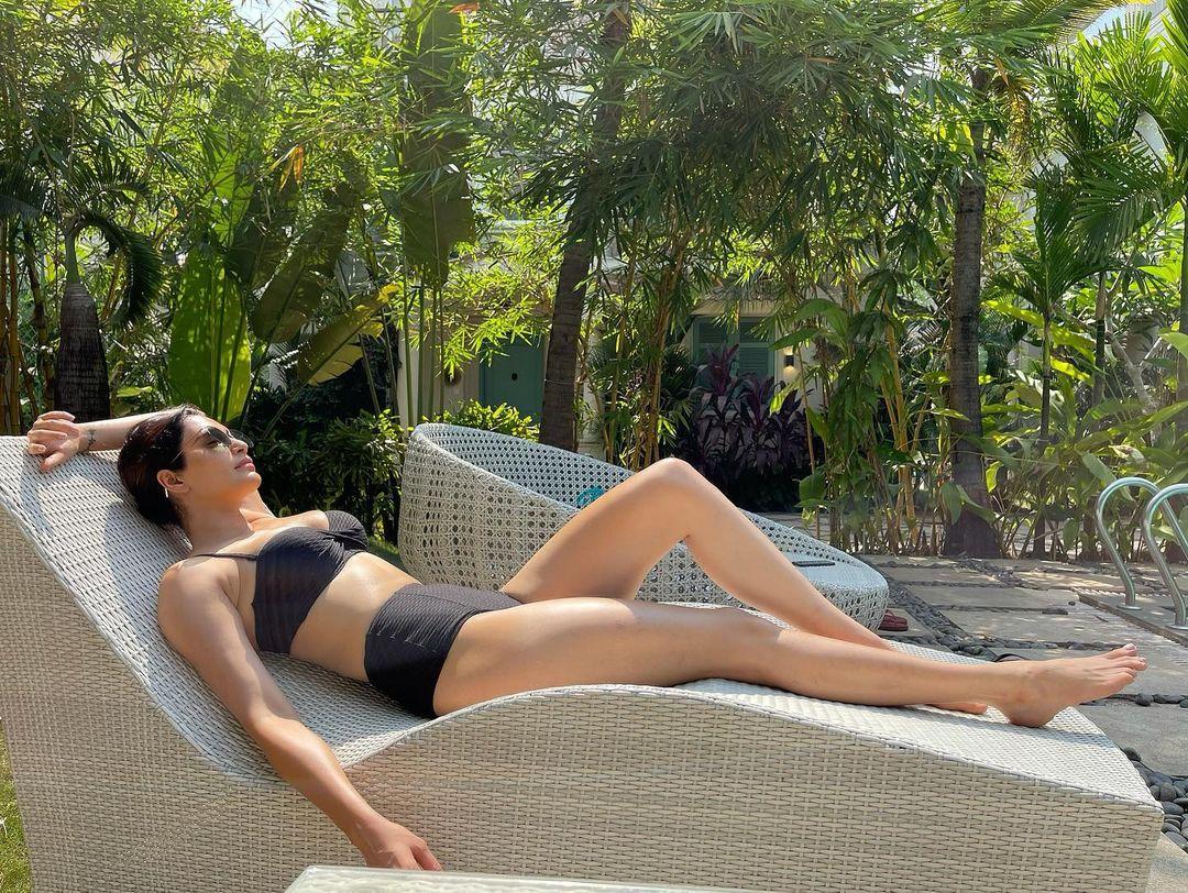 Karishma Tanna in Black Bikini Photos