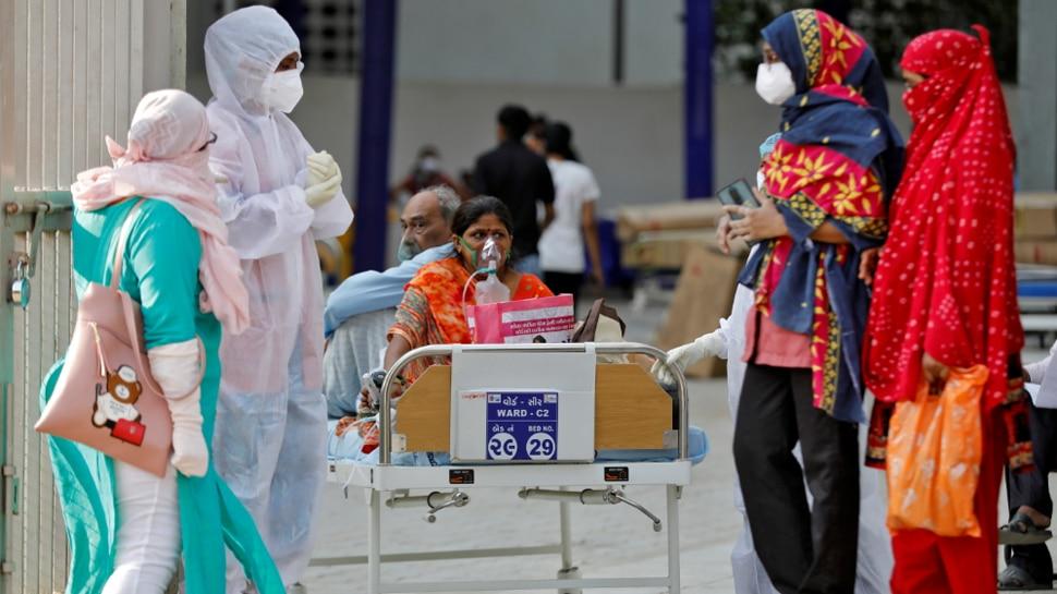 Pakistan ने कोविड-19 मामले बढ़ने के बाद India से यात्रा पर दो सप्ताह के लिए लगाई रोक