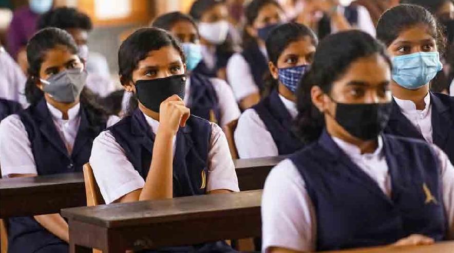 ICSE Board Exam: आईसीएसई बोर्ड ने रद्द की 10वीं की परीक्षाएं, छात्रों को नहीं देनी होगी परीक्षा