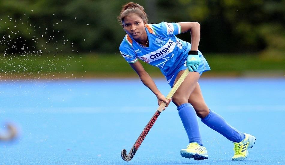 Jharkhand's first hockey player nikki pradhan changes course in state   Jharkhand की बेटी जिसने बदल दी राज्य में महिला हॉकी की दिशा  Hindi News, रांची