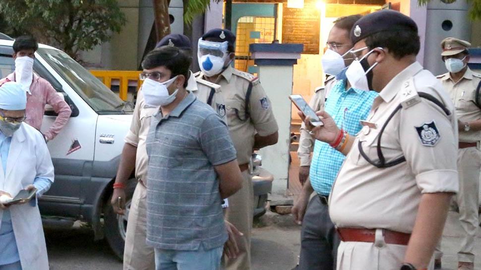 सांसों पर पुलिस का पहरा! दो दिन पहले हुई लूट के बाद, आखिरकार ऑक्सीजन को मिली सुरक्षा