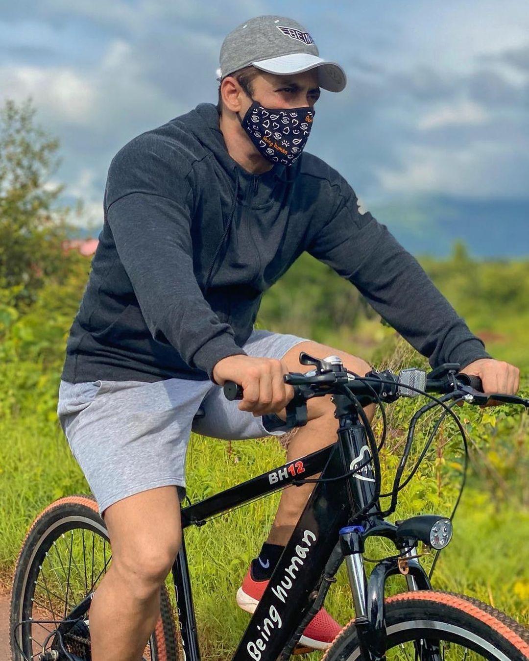 Salman Khan cycling in panvel farmhouse