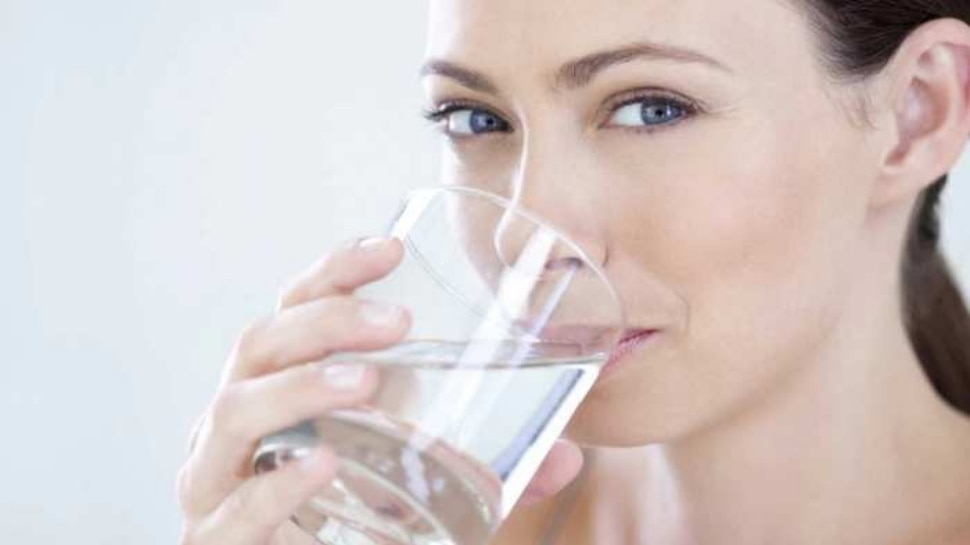 Too much Water Side Effects: Too much water can cause harm to the body, these diseases can happen